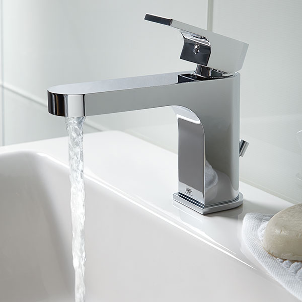 Bathroom Faucets Lyndon Single Handle Bathroom Faucet Dxv