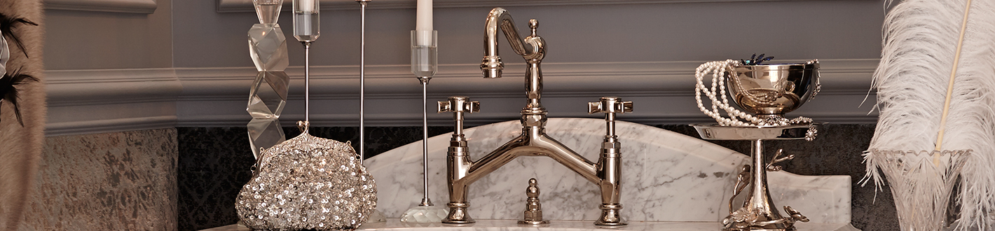 DXV Landfair Bridge Bathroom Faucet Banner