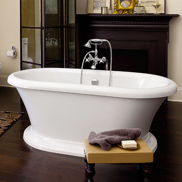 DXV St. George Freestanding Soaking Tub Classic Room Scene