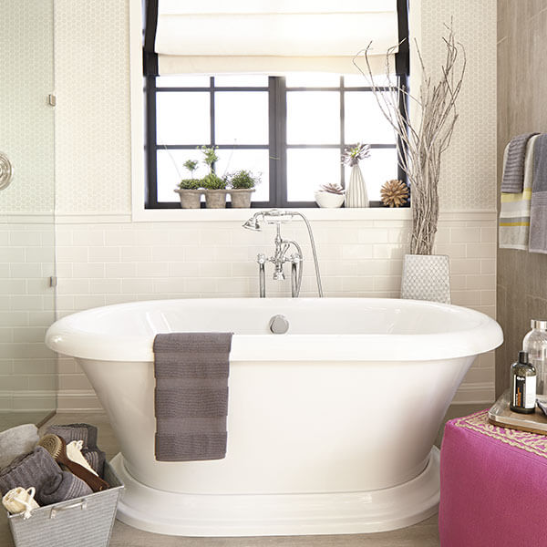 DXV St. George Freestanding Soaking Tub Room Scene by Corey Klassen